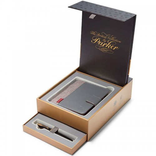 Подарочный набор из перьевой ручки Parker (Паркер) Sonnet Core Black Lacquer GT F 18К и блокнота в Челябинске